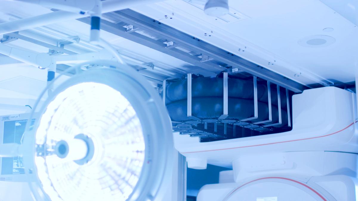 IMRIS iMRI ceiling-mounted rail